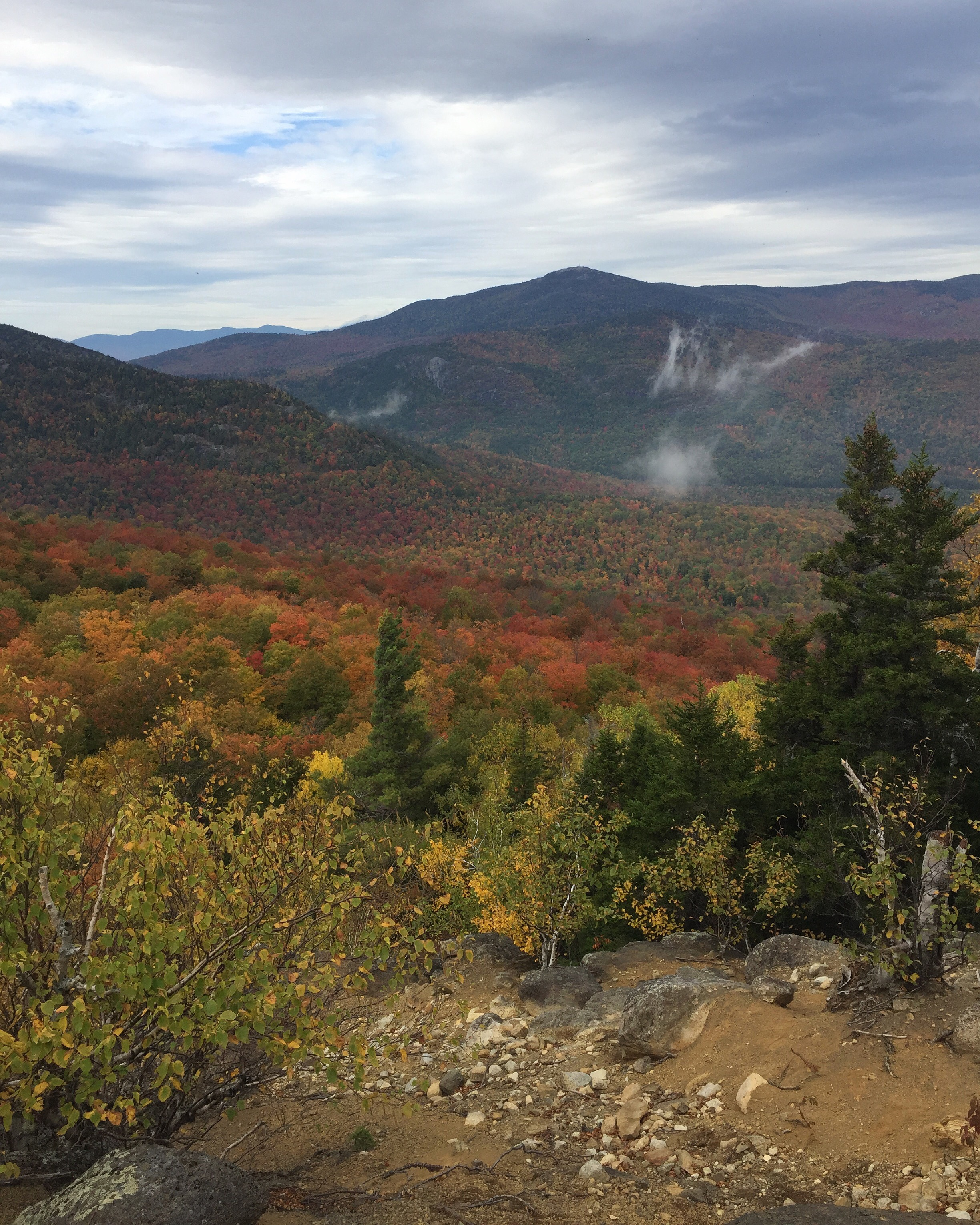 Foliage Report Oct 13| Fall Foliage in the Adirondacks